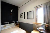 Buff Hostel Image
