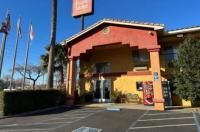 Econo Lodge Inn & Suites Lodi Image