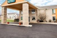 Quality Inn Aurora Image