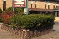 Hudson Plaza Motel Image