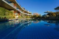 Lakeside Apartments Image