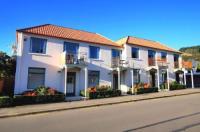 Les Troupes Apartments Image