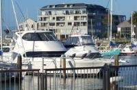 Marina View Apartments Image