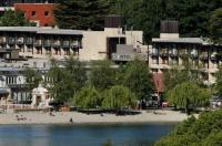 Novotel Queenstown Lakeside Image