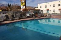 Dow Villa Motel Image