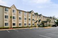 Hometown Inn & Suites Jacksonville Butler Blvd./Southpoint Image