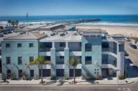 Beach House Inn & Suites Image