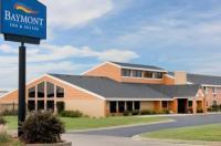 Baymont Inn & Suites Marshalltown Image