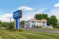 Rodeway Inn Suites New Paltz Image