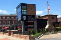 The East Avenue Inn & Suites Image