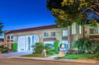 Days Inn Near City Of Hope Image