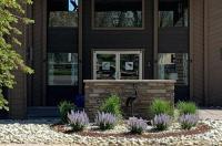 Sandhill Inn & Suites Image