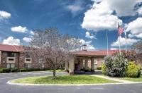 Red Roof Inn & Suites Hermitage Image