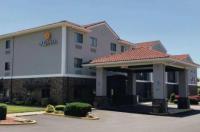 La Quinta Inn & Suites Elizabethtown Image