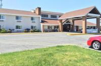 Baymont Inn & Suites Harrington Image