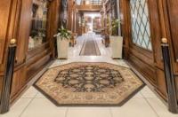 Hotel Du Parc Royal Image
