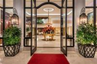 Beverly Hills Plaza Hotel Image