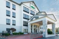 La Quinta Inn & Suites Memphis/Sycamore View Image