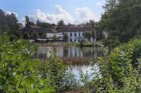 Best Western Frensham Pond Hotel Image