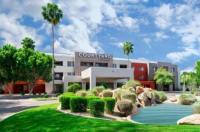 Courtyard By Marriott Scottsdale North Image