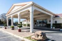 Motel 6 Stephenville Image