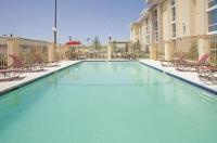La Quinta Inn & Suites Dallas I-35 Walnut Hill Image