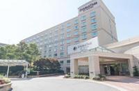 Doubletree Hotel Charlotte-Gateway Village Image