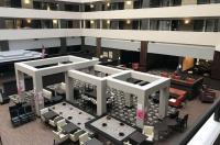 Embassy Suites Detroit Southfield Image