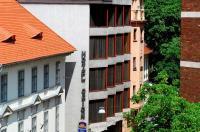 Hotel Orion Várkert Image