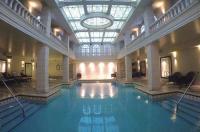 Grand Hotel & Suites Toronto Image