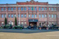 Marqueen Hotel Image