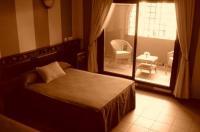Hotel El Cruce Image