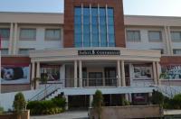 Hotel Sobti Continental Image