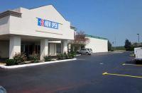 Motel 6 Zanesville Image