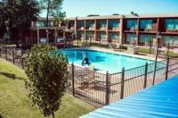 Express Inn & Suites Image