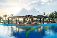 Le Meridien Al Aqah Beach Resort Image