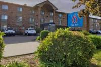 Motel 6 Glendale Image