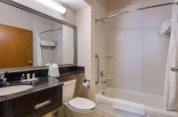 Comfort Suites Springdale Image