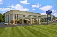 Hampton Inn Sevierville Image