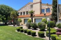 Best Western N.E. Mall Inn & Suites Image