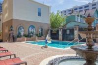 Avenue Plaza Image