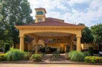 La Quinta Inn & Suites Charlotte Airport South Image