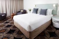 Rydges Gladstone Hotel Image