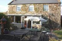 Romsey Oak Farmhouse and Cottages Image