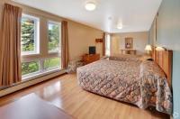Long House Alaskan Hotel Image