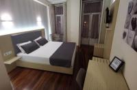Hotel Residencial Dora Image