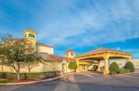 La Quinta Inn & Suites Sherman Image