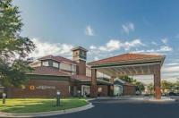 La Quinta Inn & Suites Alexandria Airport Image
