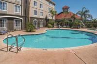 La Quinta Inn & Suites Phoenix Chandler Image