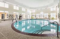 Econo Lodge Inn & Suites Antioch Image